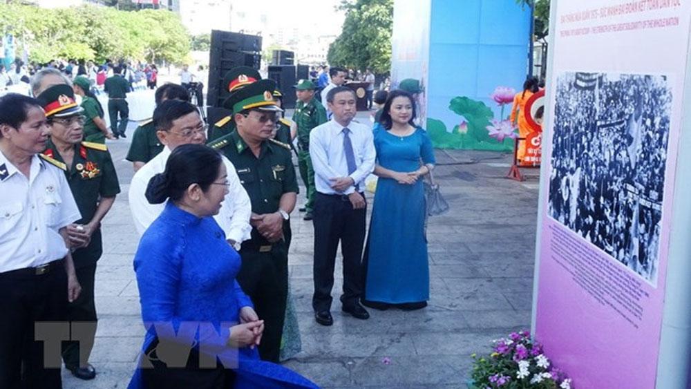 """Khai mạc Triển lãm """"TP Hồ Chí Minh-Khát vọng vươn cao"""""""